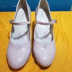 Naturalizer N5 Comfort Nude Beige Mary Jane Heels